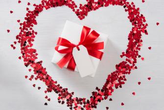 Meilės ir sukaktuvių dovanos