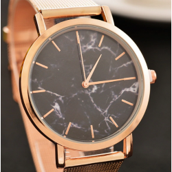 Auksinis laikrodis moterims